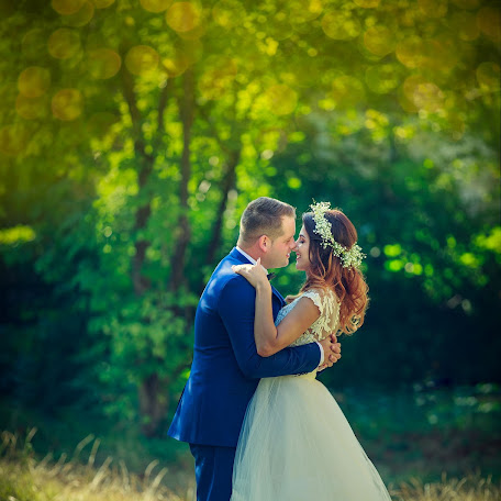 Wedding photographer Iulian Hrum (freddy). Photo of 14.09.2017
