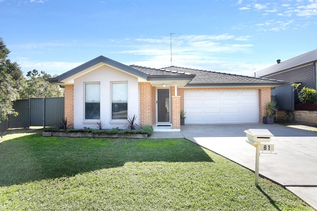 Main photo of property at 1 Gallinulla Place, Glenmore Park 2745