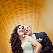Wedding photographer Vladimir Zlotnik (claroscuro). Photo of 07.11.2015