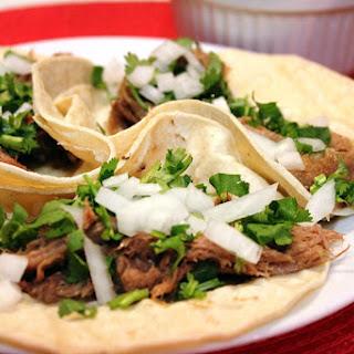 Tacos de Barbacoa de Lengua de Res (Beef Tongue Tacos).