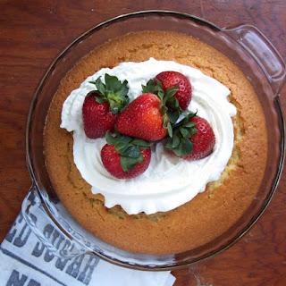 Single Layer Vanilla Cake.
