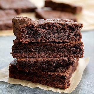 One Bowl Fudgy Paleo Brownies Recipe
