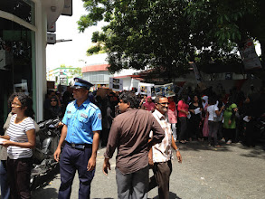 Photo: MDP Anhenunge Rooh peaceful demonstration 5/3/2012. Photo/Ibrahim Shoppe