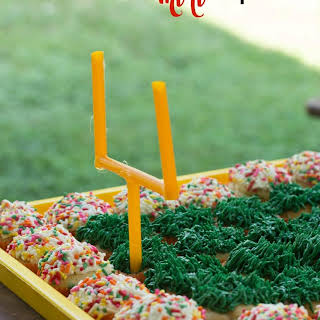 Football Field Mini Cupcakes.