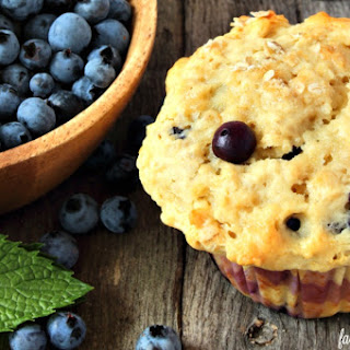 Blueberry Oatmeal Lactation Muffins.