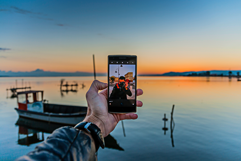 Selfie all'alba di Luca Maresca