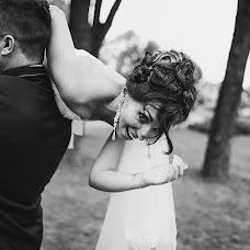 Wedding photographer Tanya Plotilova (plotik). Photo of 07.08.2017