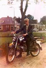 Photo: Jan Enting Gzn. op zijn Zundapp