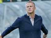 De deal is rond: John van den Brom tekent meerjarig contract bij KRC Genk