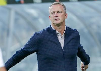 Utrecht confirme : John van den Brom est en route pour Genk