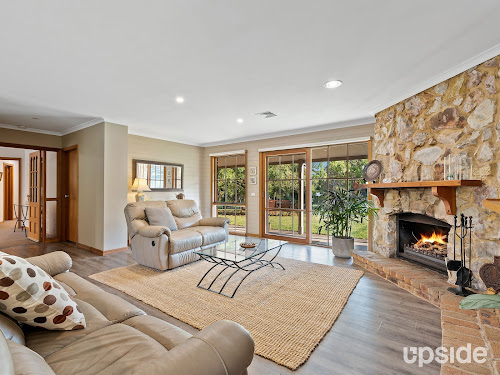 Photo of property at 14 Nirvana Close, Langwarrin South 3911