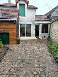 maison à Larchant (77)