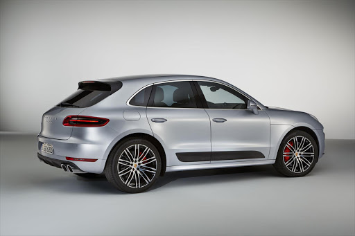 The new Porsche Macan Turbo with Performance Package