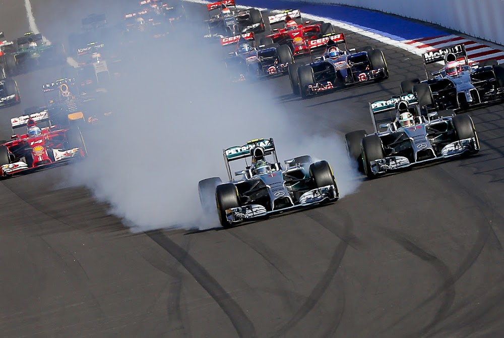 Formula One aims for zero-carbon footprint by 2030