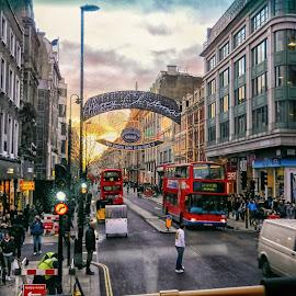 London by Mirko Ilić - City,  Street & Park  Street Scenes ( london, street, grit, duble, people, double-decker,  )
