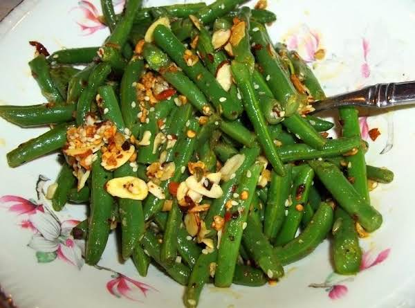 Garlic Green Beans With A Kick