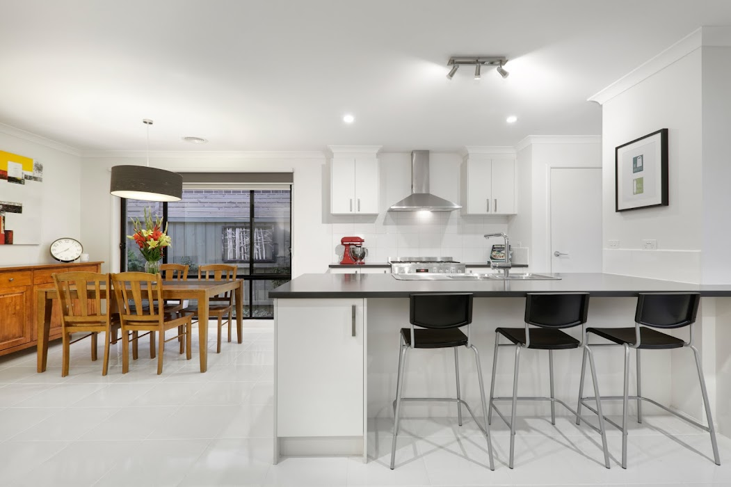 Main photo of property at 32 Dahlia Crescent, Keysborough 3173