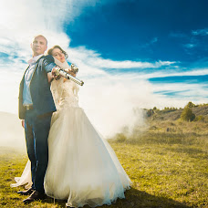 Wedding photographer Valentin Rachinskiy (Rachinsky). Photo of 18.12.2015
