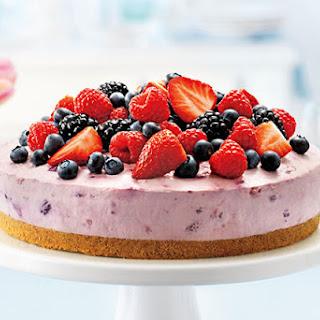 Berry Bliss No-Bake Cheesecake.