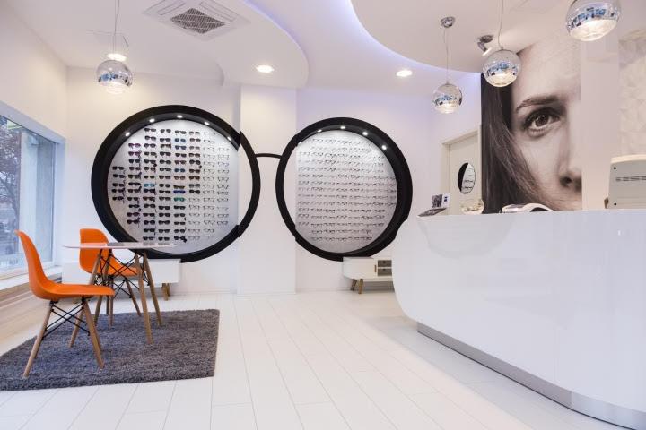 thiết kế nội thất cửa hàng mắt kính
