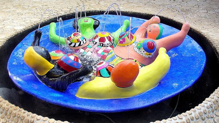 La vasca a colori. di effeenne