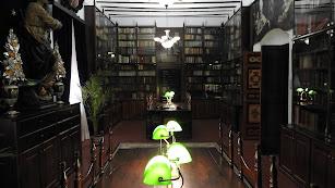 Aspecto de la renovada biblioteca del Santuario del Saliente.