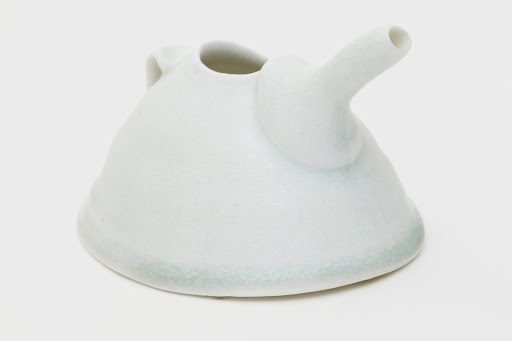 Sandy Lockwood Ceramic Pourer