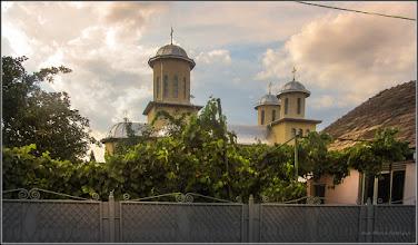 Photo: Str. Ogorului, vedere biserica de pe Str. Randunicii - 2017.08.17