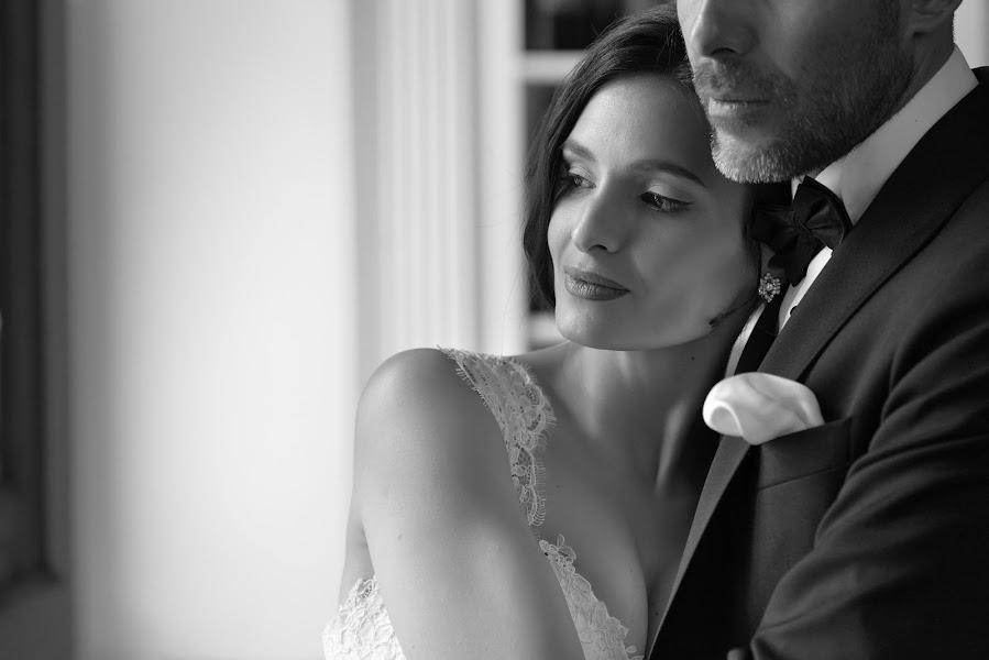 Wedding photographer Vlad Axente (vladaxente). Photo of 30.04.2017
