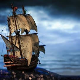 Sailing on waves made of bokeh. by Francisco Garcia Rios - Artistic Objects Other Objects ( galleon, sir francis drake, ship, recesvintus, sea, airfix, barco, corsario, navegación, model kit, sailing, navigation, corsair, mar, sail, galeón,  )