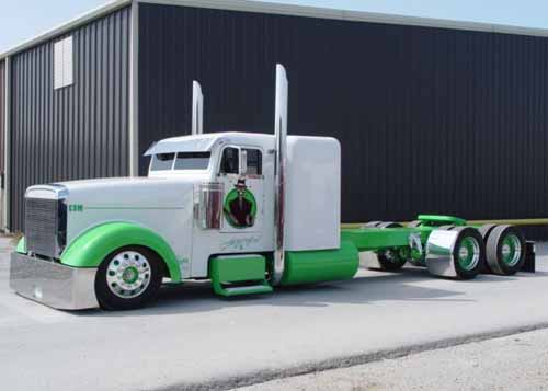 Freightliner Classic XL Truck