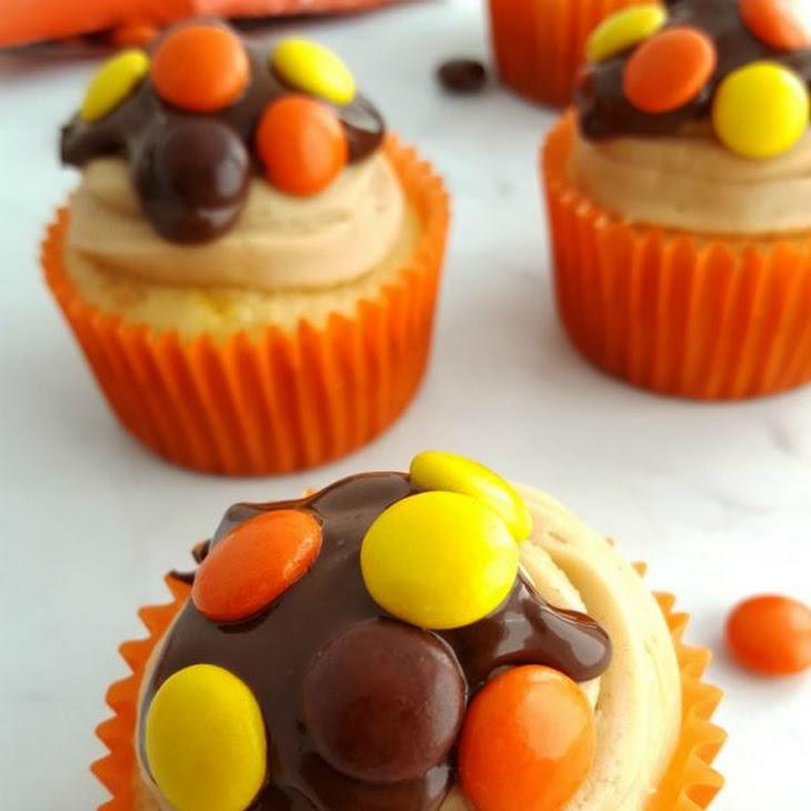 Reese's Pieces Cupcakes w/PB Frosting + Chocolate PB Ganache