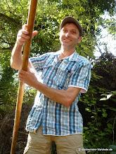 Photo: Ein Mann muss ein Haus gebaut haben ... und mindestens einmal im Leben einen 10 m langen Kahn gestochert haben!