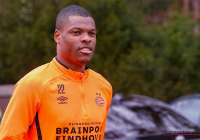 PSV-speler Dumfries moet alleen trainen, nadat hij aanwezig was op racismeprotest