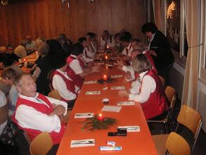 Photo: Ein feierlicher Gottesdienst fand mit einem gespendeten Imbiss ein würdiges Ende. Ein herzliches Dankeschön an den Spender.