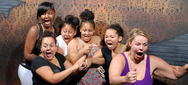 Photo: 20 Hilarious Pictures of Terrified People at Nightmares Fear Factory http://funnyneel.com/blogs/20-hilarious-pics-terrified-people-nightmares-fear-factory