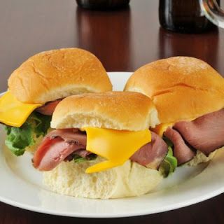 Easy Slow-Cooked Roast Beef Sandwiches