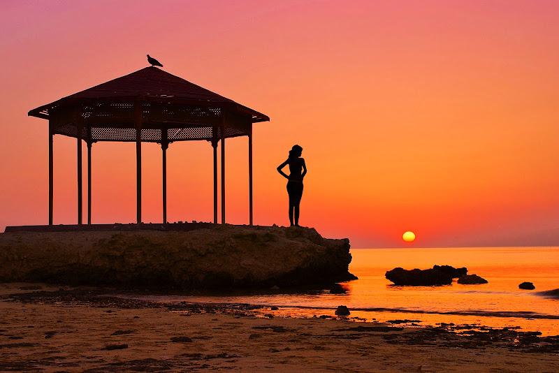 I colori accesi  dell'alba di BASTET-Clara