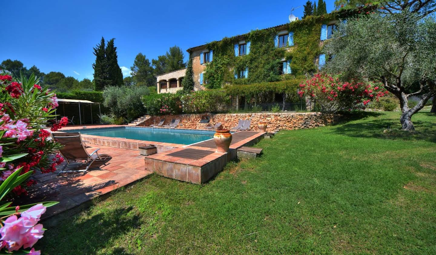 Property with pool Salernes