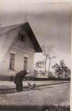 Photo: Rok 1952. Józef Aksamit zawiadowca odcinka drogowego PKP.  Zdjęcie udostępnione prze P.Ewe Aksamit.