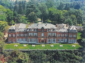 Château 30 pièces 2400 m2