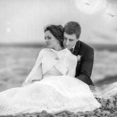 Wedding photographer Ira Vnukova (Vnukirina). Photo of 21.02.2015
