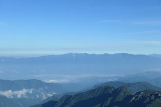 中央アルプスと奥に木曽御嶽山