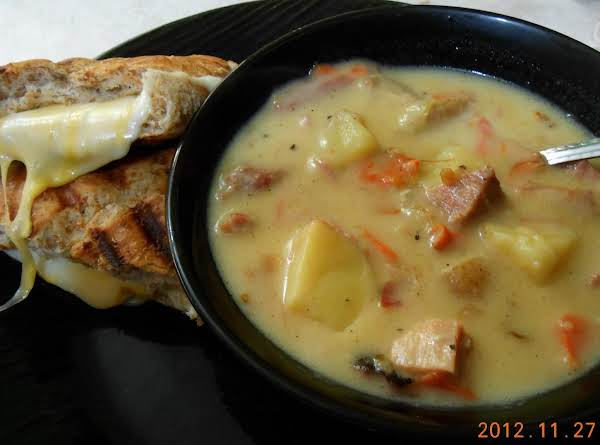 Good Ole Creamy Ham And Veggie Soup Recipe