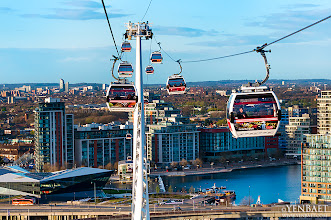Photo: The Emirates Air Line - Emirates Royal Docks - London, UK. © Yen Baet - www.YenBaet.com / Facebook - www.facebook.com/YenBaetPhotography. All Rights Reserved.