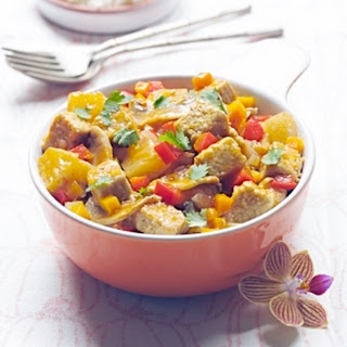 Quorn Meat Free Chik'n Tenders Thai Red Curry with Mango.