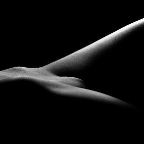 Body landscapes by Sven Rausch - People Body Parts ( bodypart, nude, woman, black and wihte, low-key )