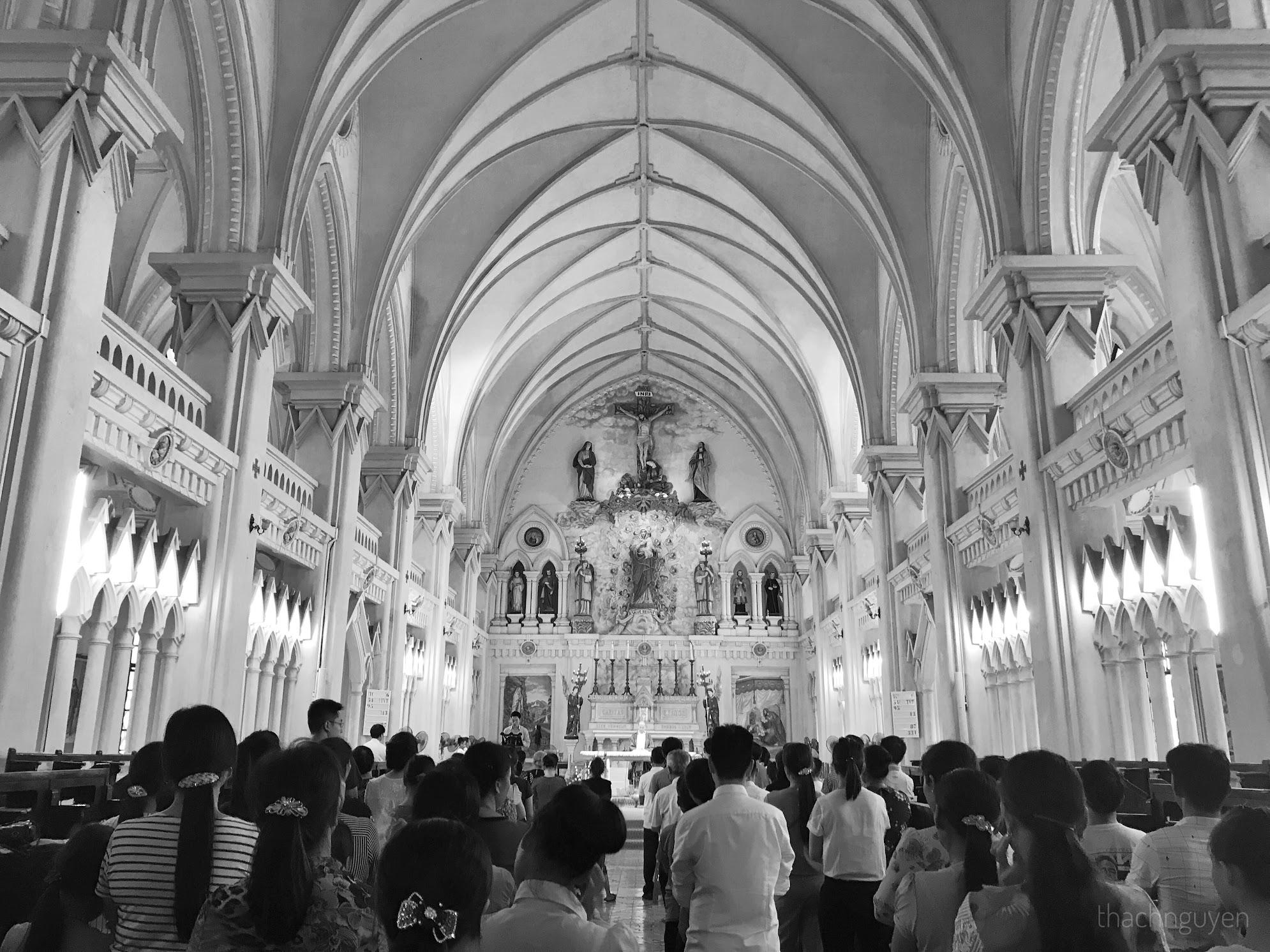giáo dân đang dự lễ