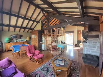 Maison 12 pièces 201,83 m2