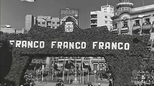 Franco hace entrega de 'las 500 viviendas'